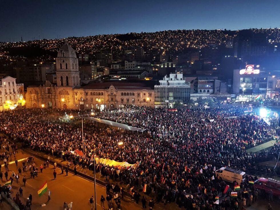 Existió gran participación. Se determinó que el 20 de octubre se emita el voto por candidatos de la oposición.