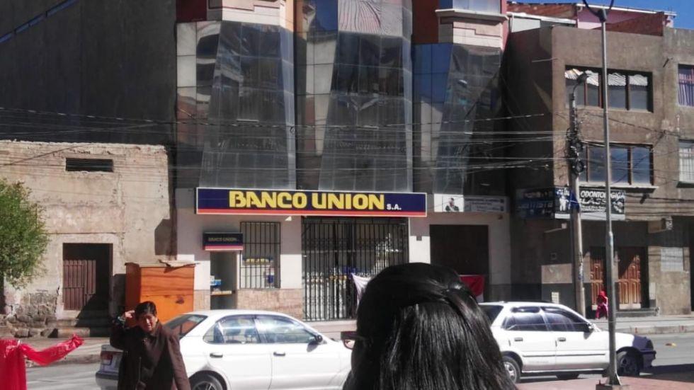 El Banco Unión de la zona baja.