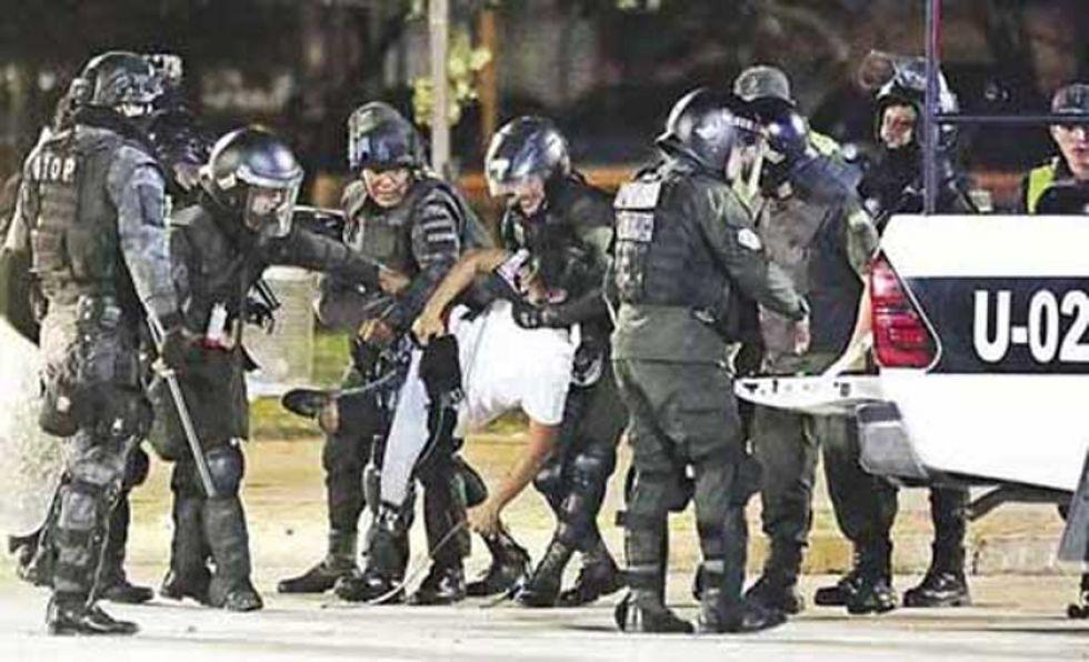 Procesarán a 11 personas por los disturbios ocurridos en Santa Cruz