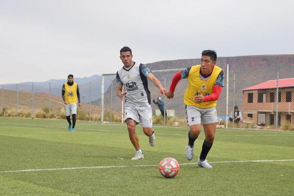 Los jugadores lilas durante un entrenamiento