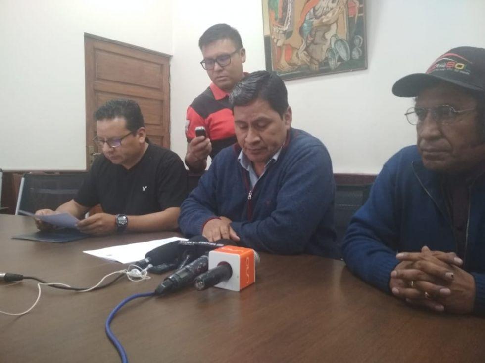 Se brindó una conferencia de prensa.