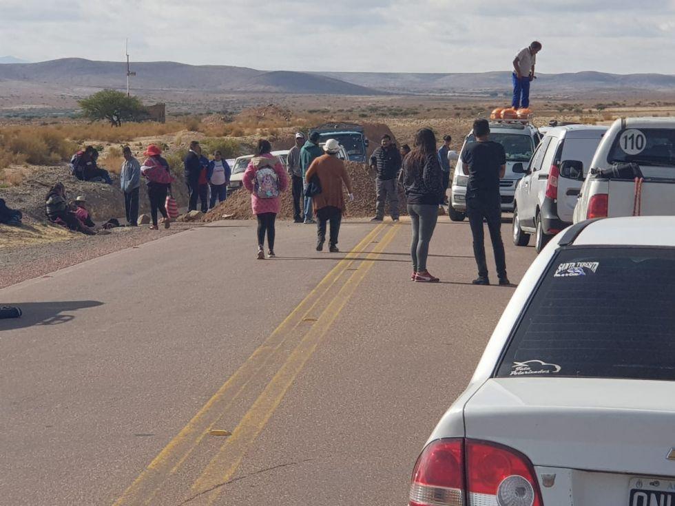 El bloqueo en el ingreso a Tupiza.