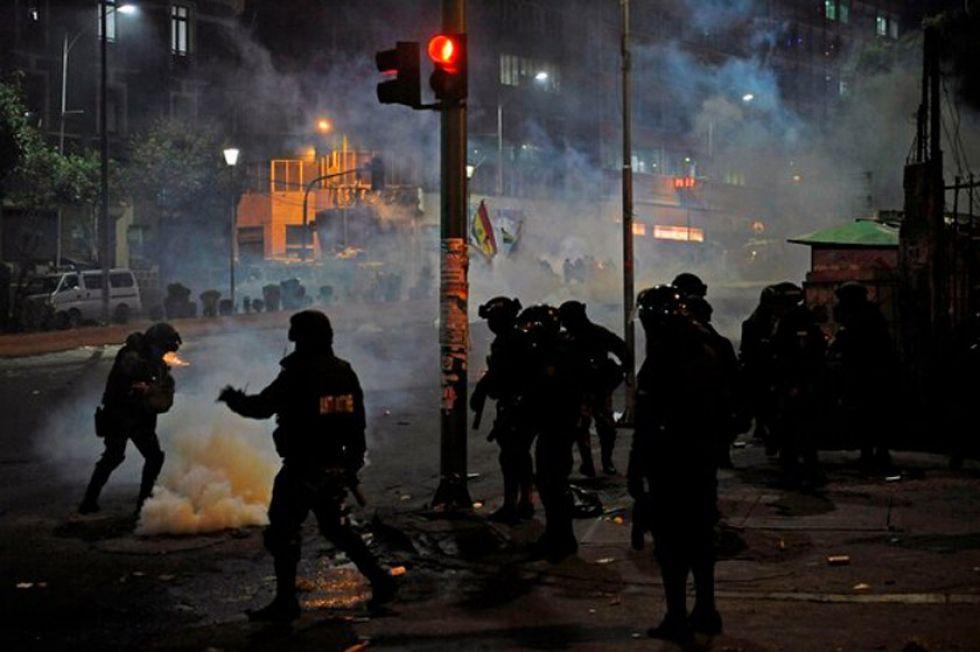 La violencia no cede en la sede del poder político