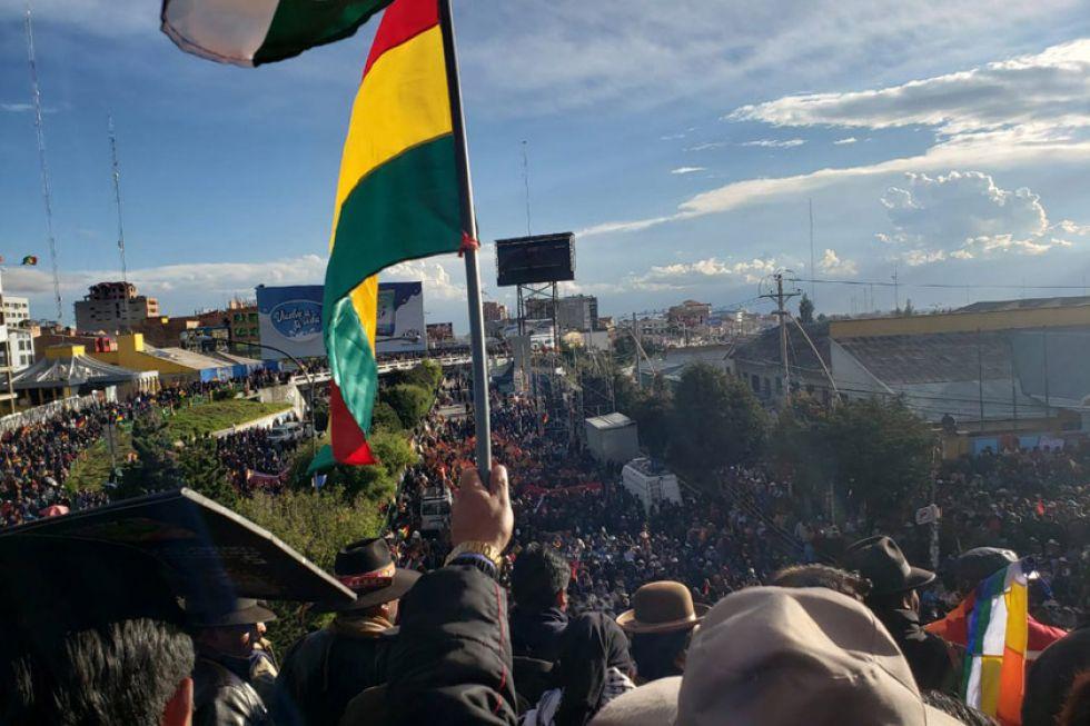 Cabildo desarrollado en El Alto da su apoyo al presidente Morales