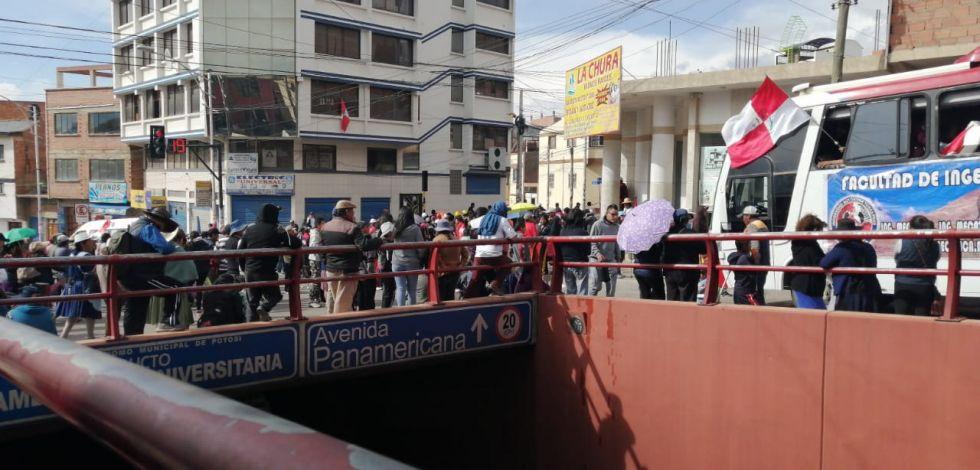 Se embarcaron hacia La Paz. EL POTOSÍ
