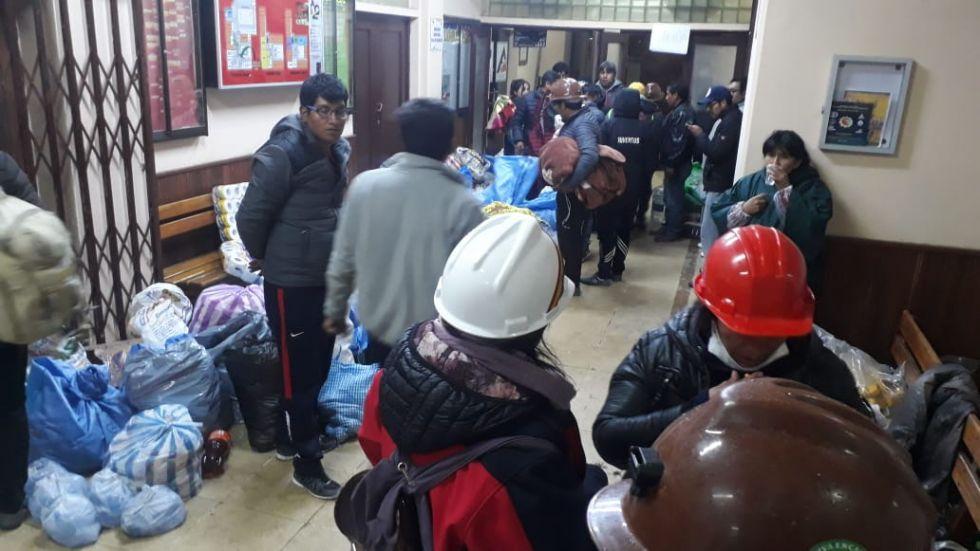 Se solidarizaron desde anoche con los potosinos. Foto: VLADIMIR EQUICE