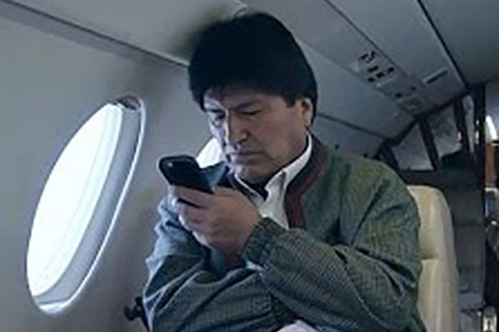Evo Morales se marcha a México y anuncia que volverá con más fuerza
