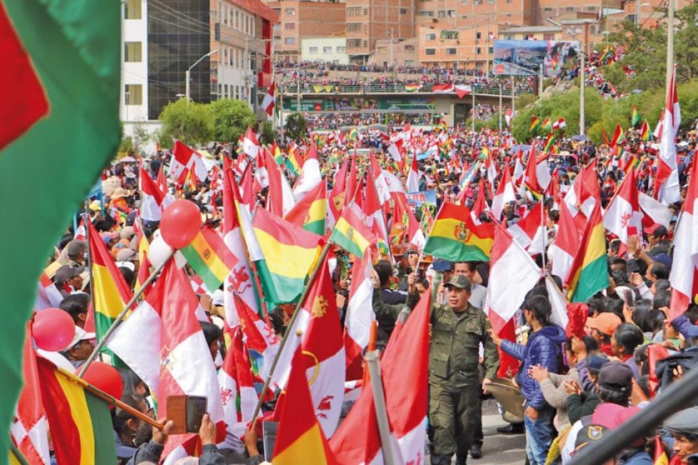 La avenida Tinku volvió a reunir a miles de potosinos.