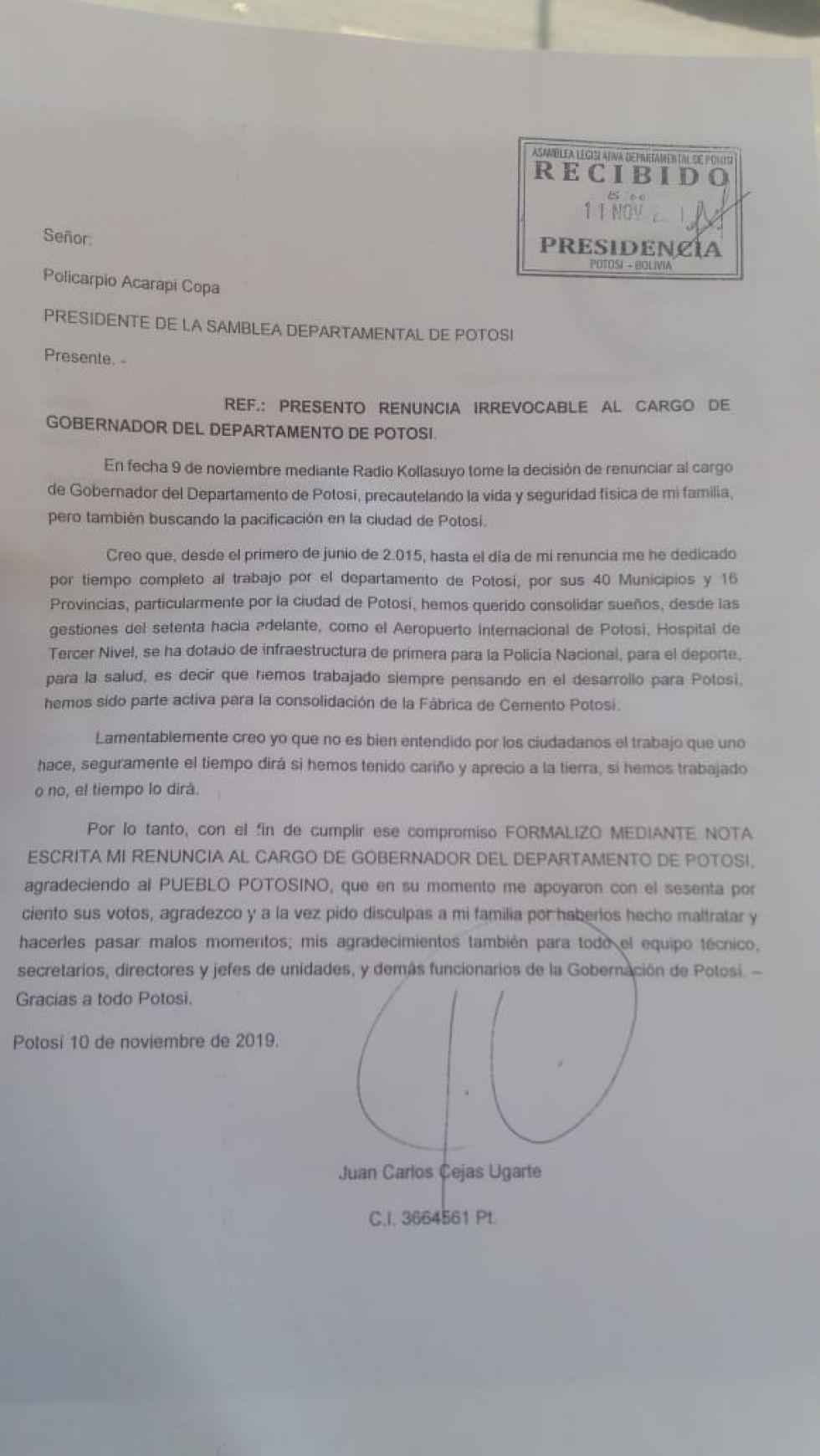 El legislador mostró la renuncia fue presentada por Juan Carlos Cejas