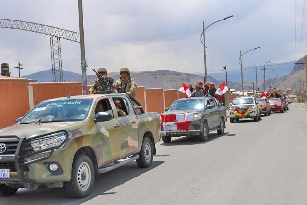 Potosí recibe a la caravana pero mantiene el paro indefinido