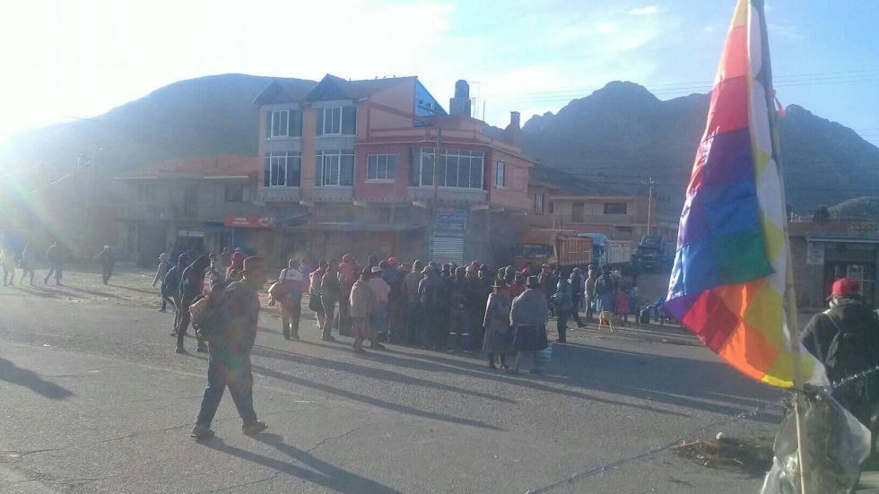 URGENTE: Bloqueadores de Betanzos llegarían a Potosí a las 10:30