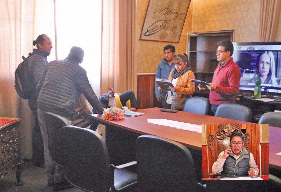 La verificación de bienes del despacho municipal y el alcalde (recuadro).