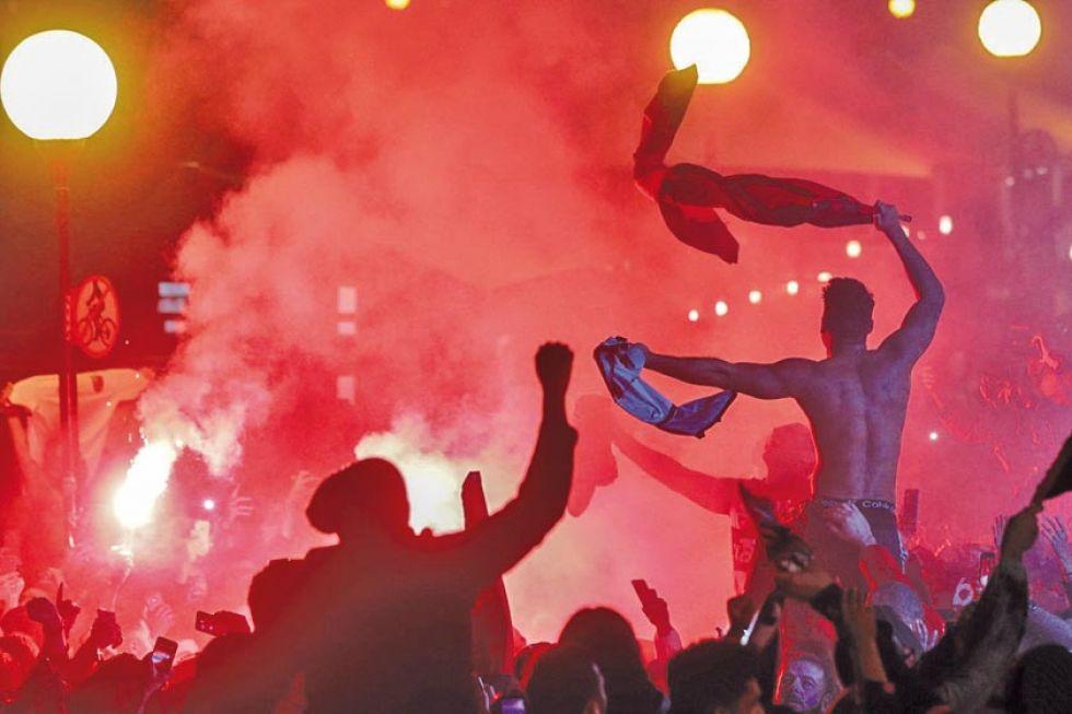 Hinchas del cuadro brasileño festejan el título.