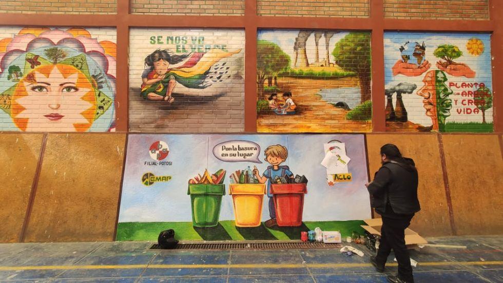 La comunidad educativa trabajó durante todo el año. FOTO EMAP