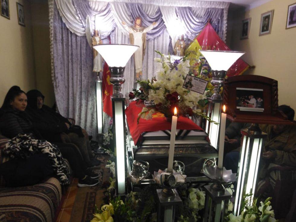 El velorio, anoche, en su domicilio de Las Delicias.