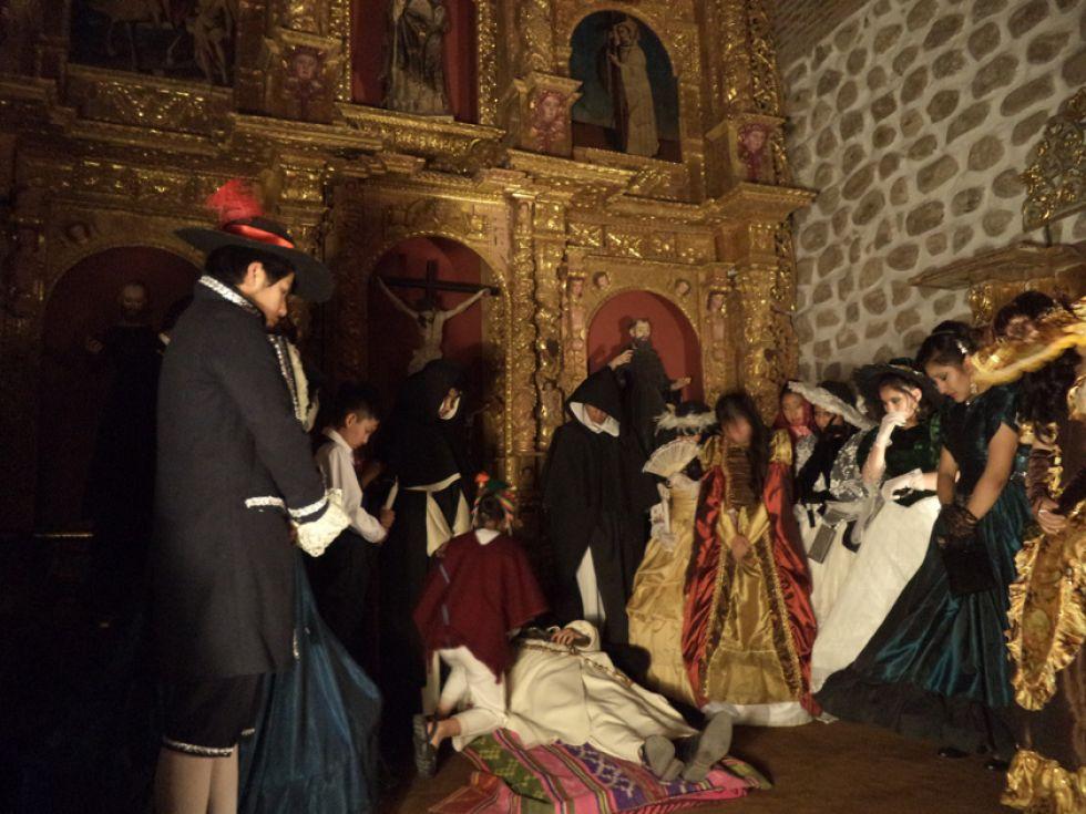 Mostraron la congoja por la muerte del que consideraban un santo.