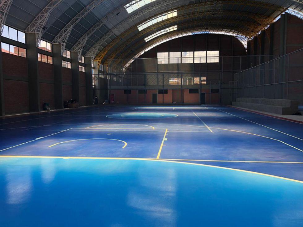El campo de juego para la práctica del futsal.