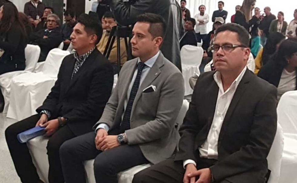 Posesionan a 3 viceministros dependientes de Presidencia