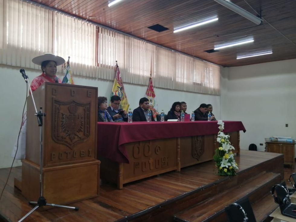 El acto se desarrolló en la DDE en Potosí. FOTO: DDE