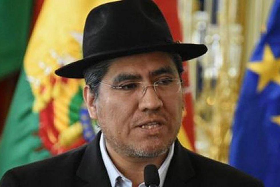 Morales: MAS elegirá a su candidato entre tres exministros y Andrónico