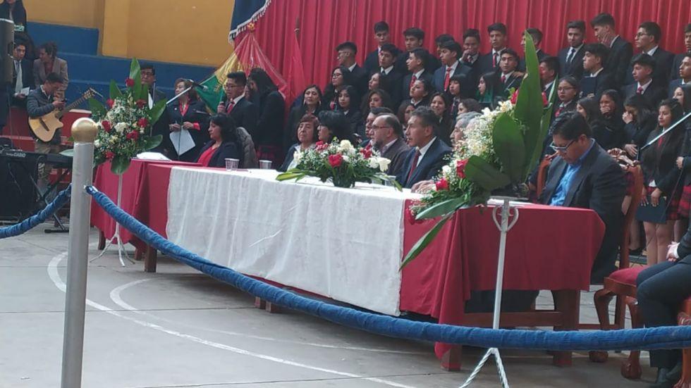 El acto de promoción del Colegio Tomás Frías ayer.