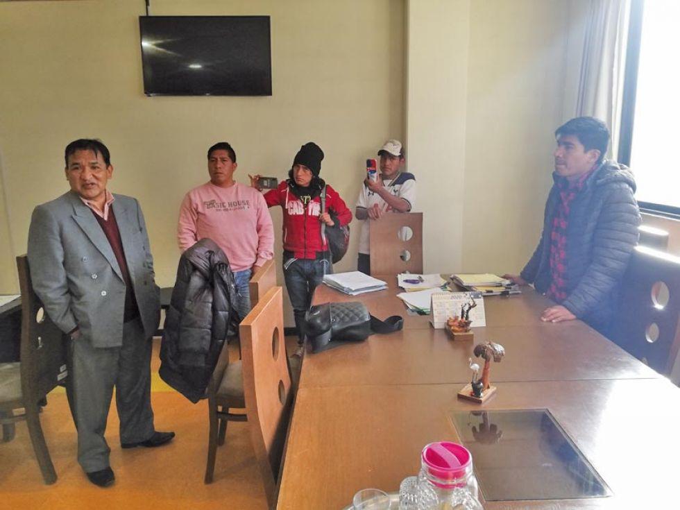 Cívicos intervienen Caja de Salud de Caminos Potosí