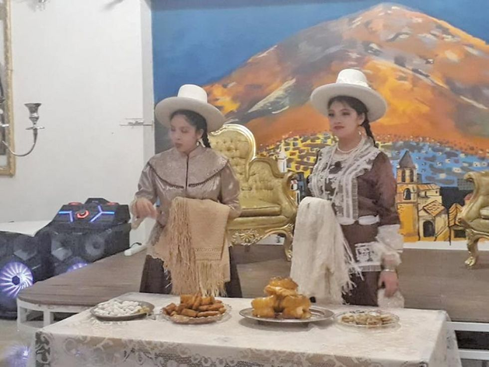 Ya egresan bachilleres técnicos de 6 colegios en el distrito de Potosí