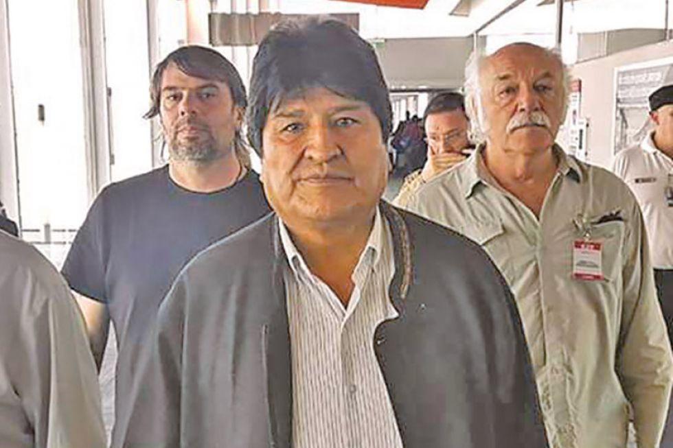 """Evo Morales instalará su """"búnker"""" de trabajo en la frontera con Bolivia"""