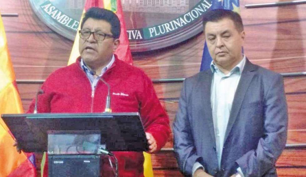 Los jefes de bancada del MAS y UD, Efraín Chambi y Homer Menacho, respectivamente.