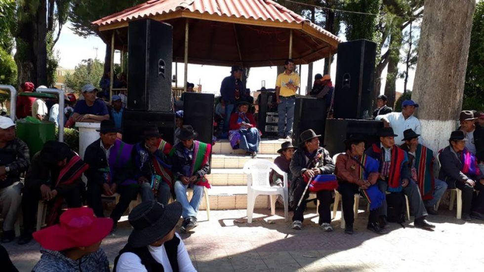 De la junta participaron los siete ayllus de la región que respaldan las medidas de presión.Vicente Caballero Cueto