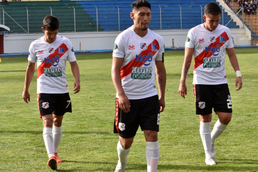 De izq. a der. Edson Pérez, Miguel Quiroga y José Muñoz.
