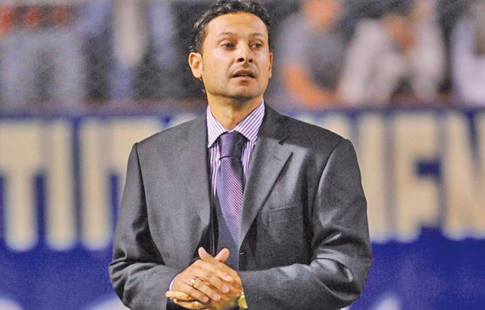 El entrenador Jeaustin Campos se encuentra en Santa Cruz.