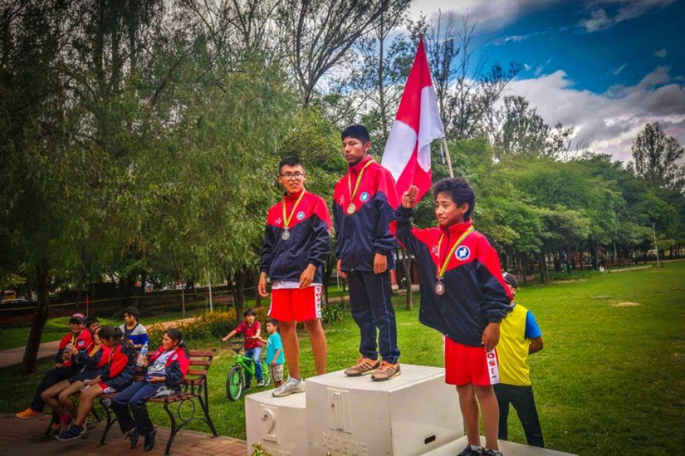 Potosí apabulla en el nacional de cross country de atletismo