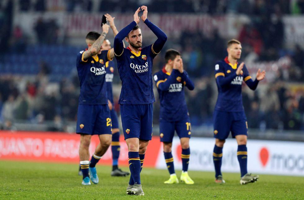 Los jugadores de la Roma al final del partido.