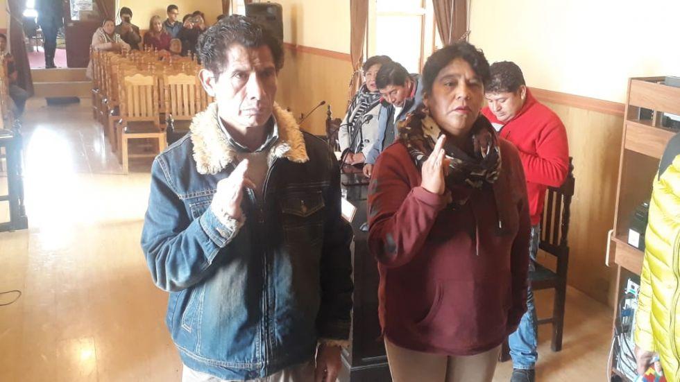 Carlos Carmona y Olga Vilacahua.