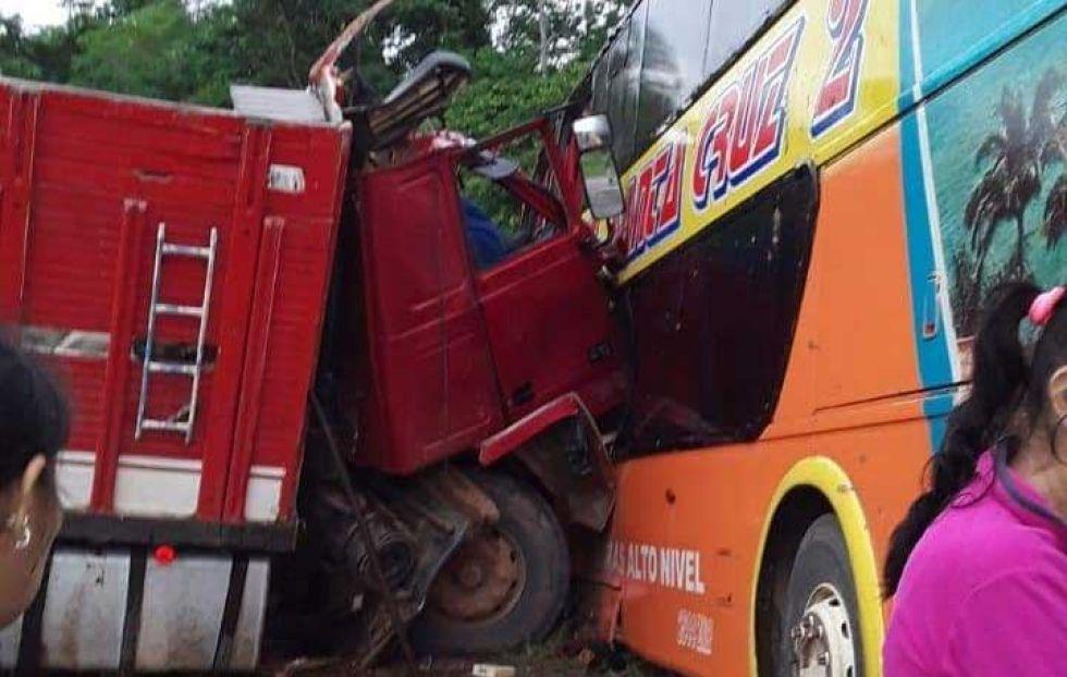 Accidente de tránsito en la ruta Beni-Santa Cruz deja saldo fatal