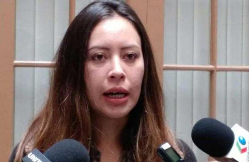 """Hay orden de aprehensión contra el padre de Valeria Silva por caso """"guerreros digitales"""""""