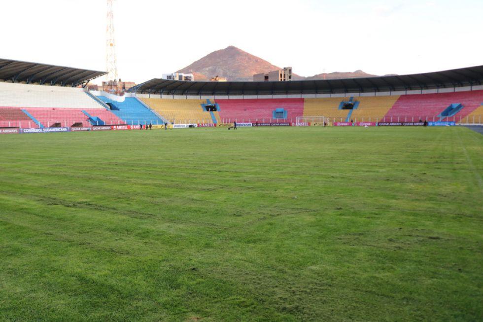 Vista general del estadio de la Villa Imperial.