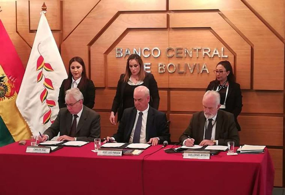 Funcionarios de Gobierno y el ente emisor suscribieron el Programa Fiscal Financiero 2020.