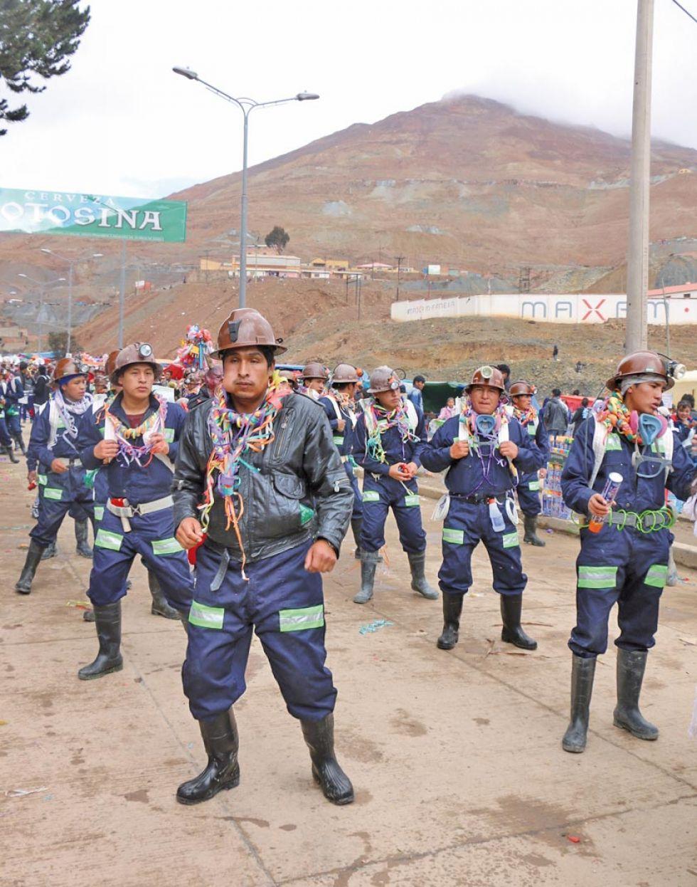 Los mineros cooperativistas protagonizan esta entrada, única en su género.