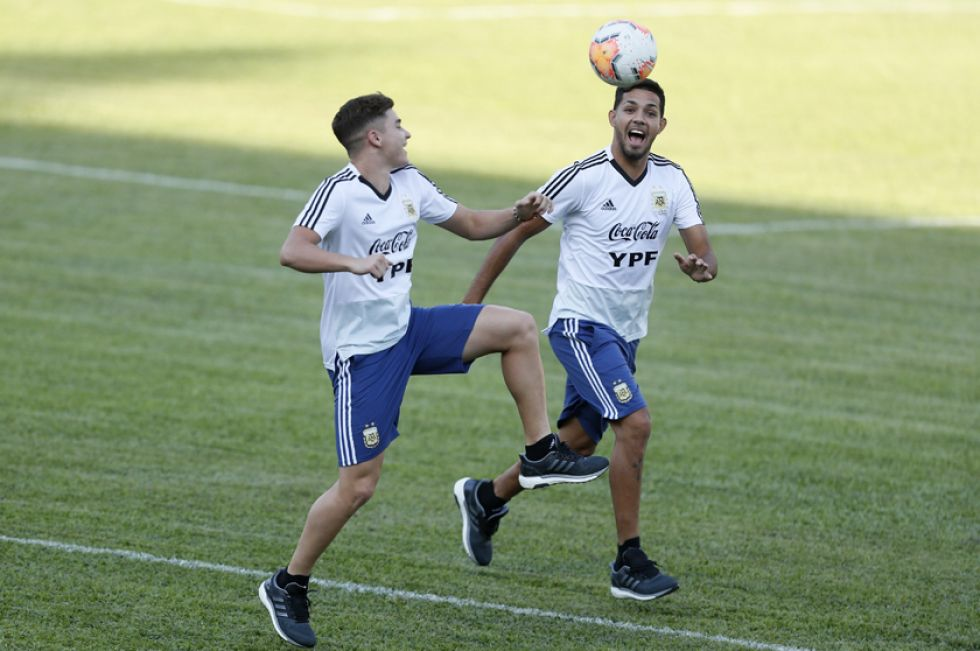 Los jugadores argentinos durante su práctica.
