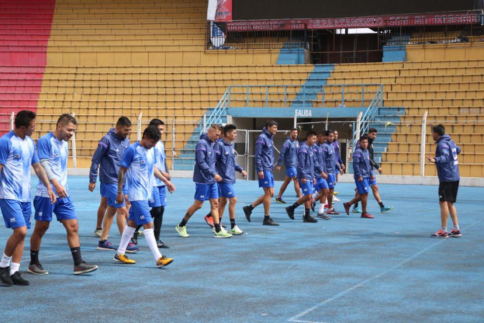 Los jugadores lilas durante su último entrenamiento en la Villa Imperial.
