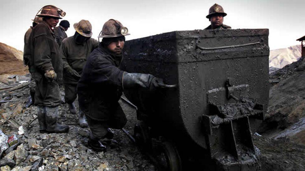 Los trabajos mineros deben desarrollarse en el marco de la legalidad.
