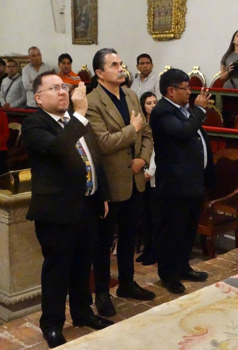 Gabriel Chavez, Guillermo Mariaca y Roger Mamani.