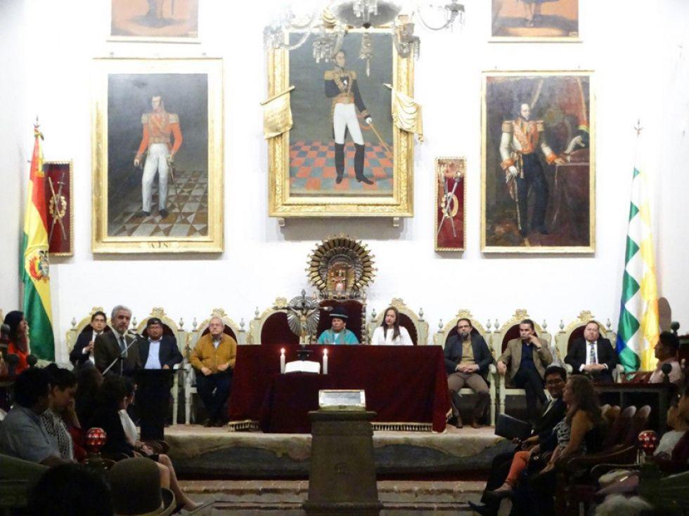 El acto se realizó anoche en la Casa de la Libertad, en Sucre.