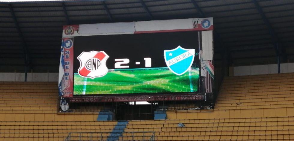 Nacional Potosí ganó 2-1 frente a   Aurora