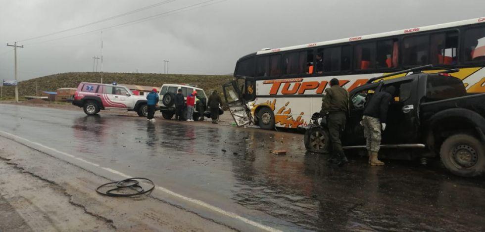 La probable causa del accidente sería el exceso de velocidad e invasión de carril.