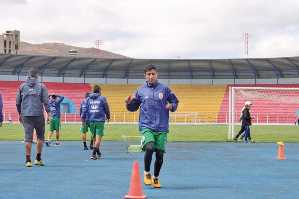 El jugador Rodrigo Borda estará fuera de las canchas durante dos semanas.