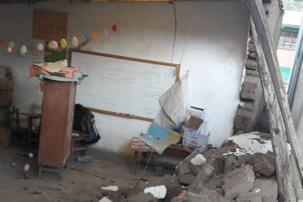 El granizo destruye un aula en comunidad de la provincia Chayanta