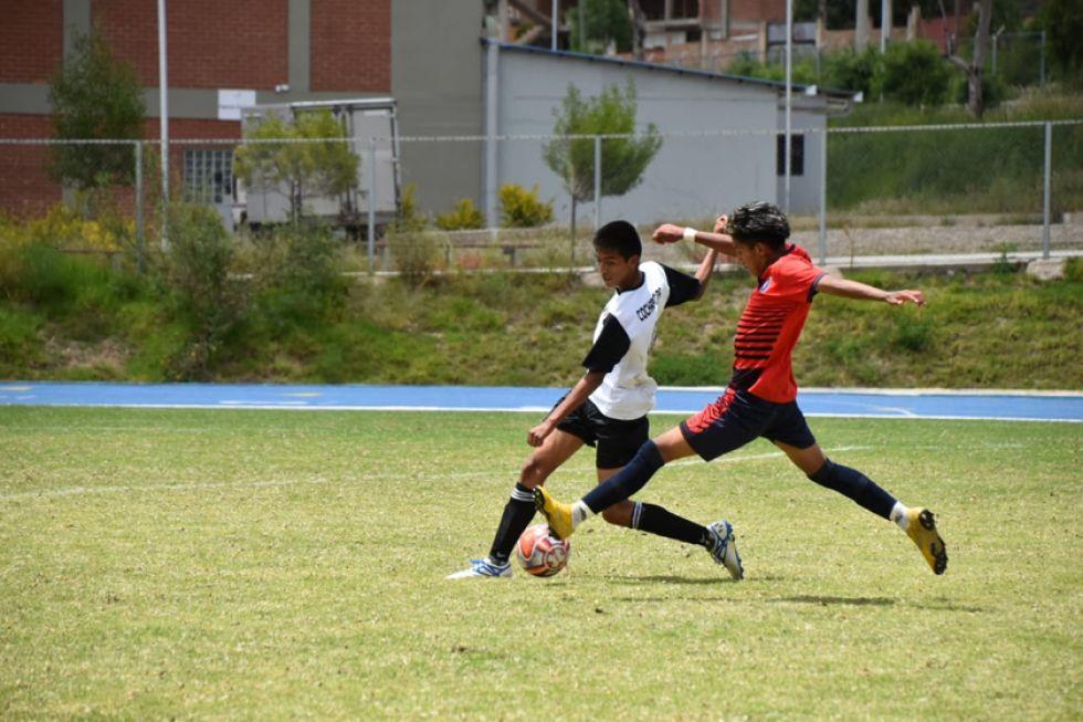 La selección potosina de varones goleó 5-0 a su rival.